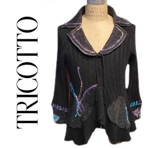 TRICOTTO CARDIGAN SWEATER IN GRAY W/ ART D…